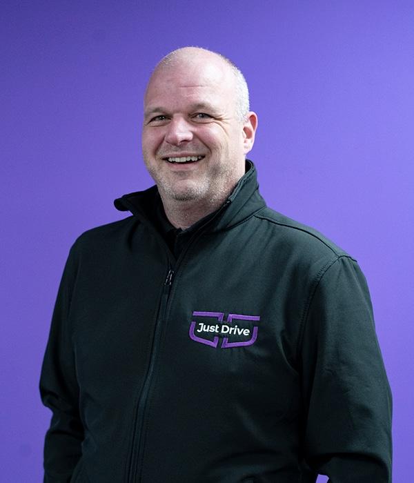Antony Weekes car leasing expert